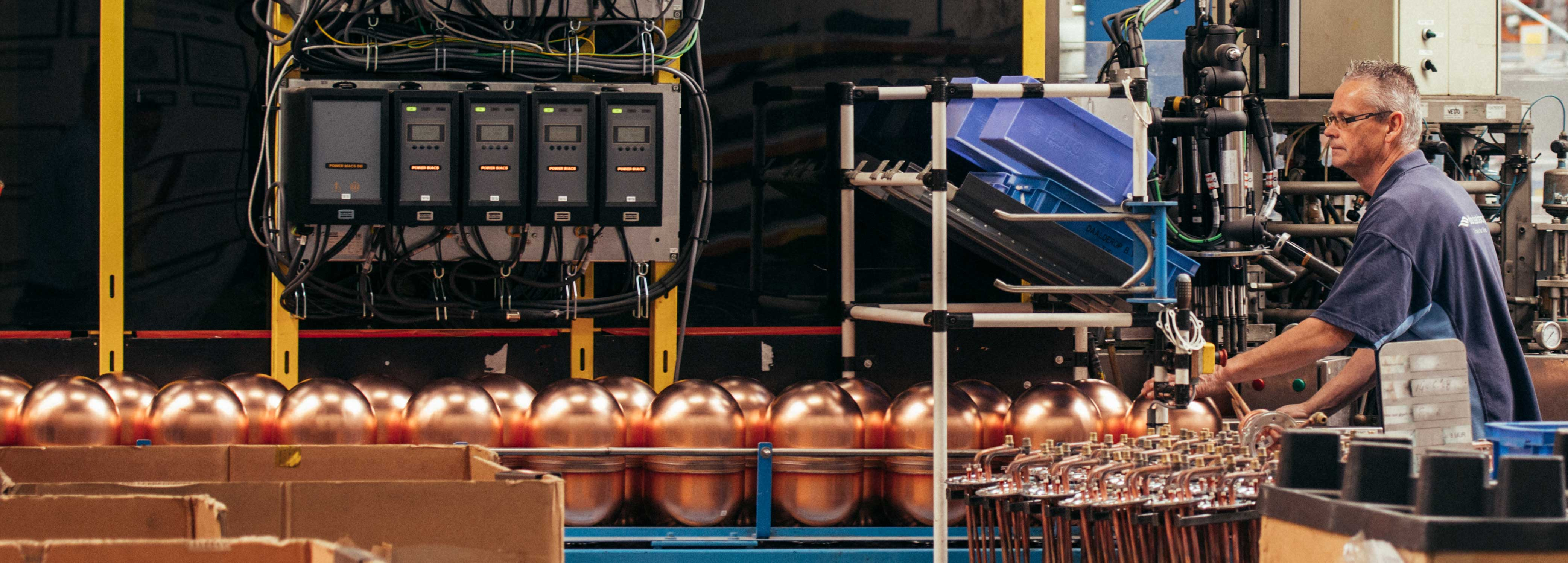Itho Daalderop boiler production line optimisised by innius IIoT Smart Manufacturing
